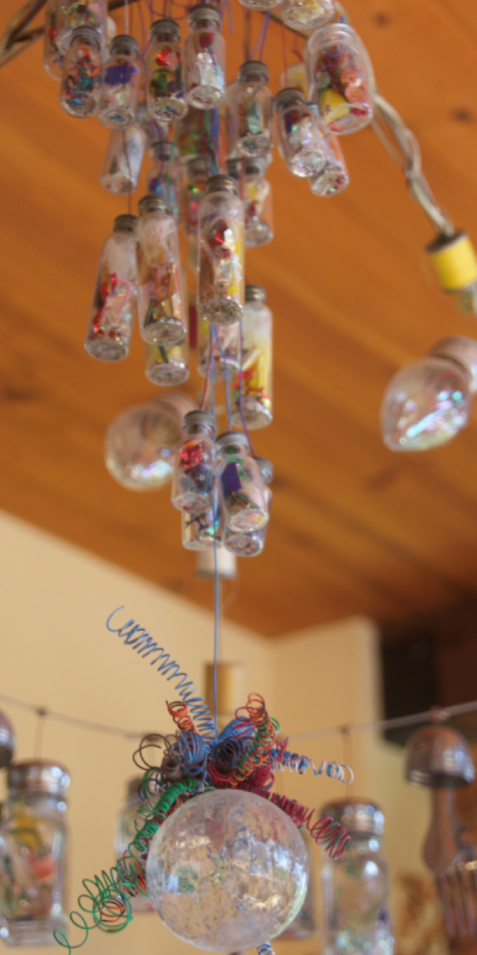 chandelier-3.png