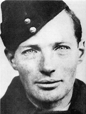 Gordon Cummins pictured in uniform.