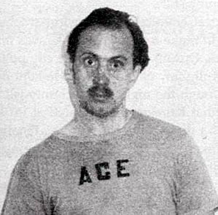 A wild-eyed Bruce Hamill.
