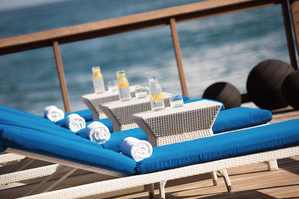 1516999420-Beach_Terrace_2380_SCxI0okecJCVvk4ESs5QKAt18q0ABlZBh_cmyk_l_desktop.jpg