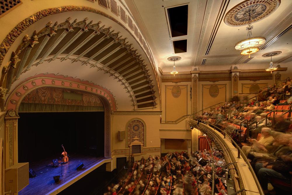 ColumbiaTheater_Int004.jpg