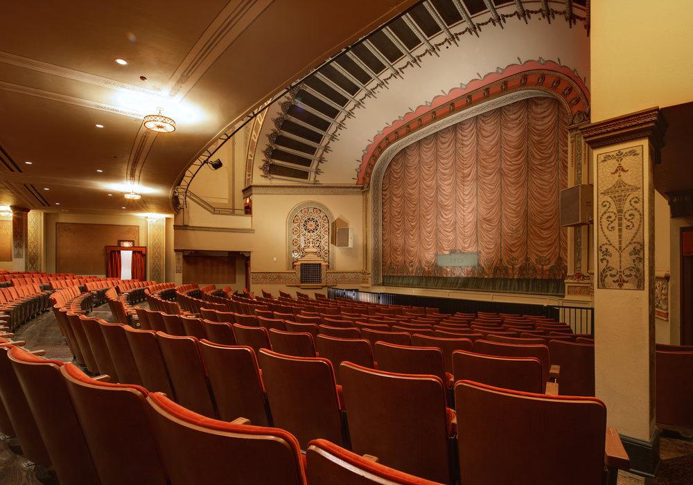 ColumbiaTheater_Int006.jpg