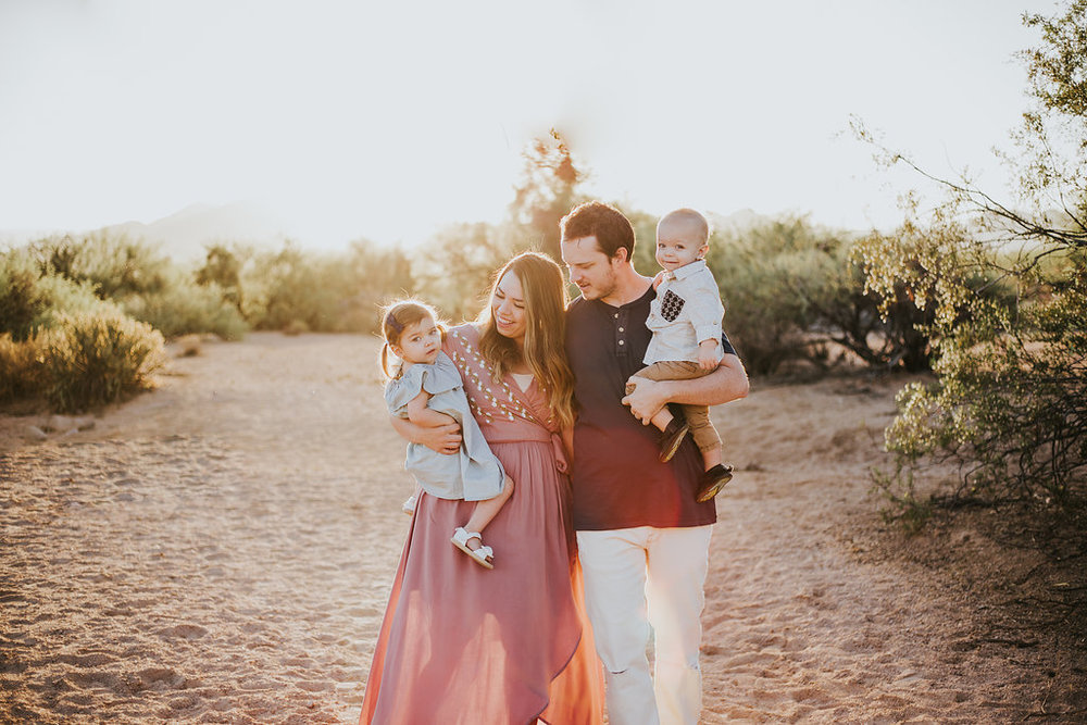 Family portrait | Natural light desert lifestyle family photography session | Coon Bluff Mesa Arizona