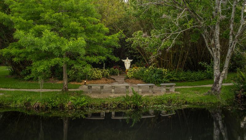 Christ garden.jpg