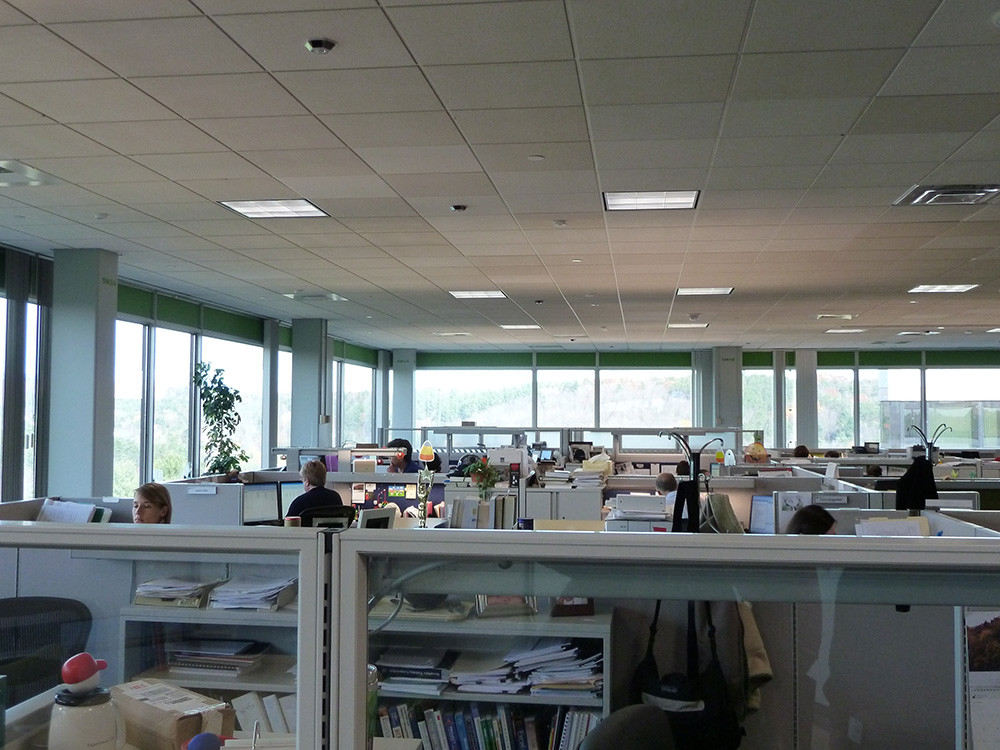 Light/Space/Design designed lighting layouts for National Life of Vermont using an innovative partition mounted lighting system that dimmed automatically with ample natural daylight.