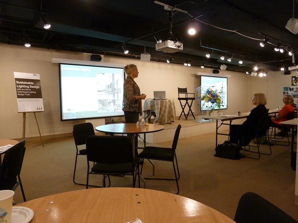 seminar-speaking.jpg