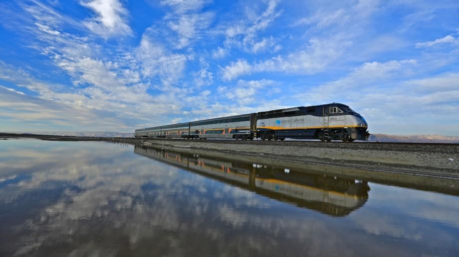 amtrak california train hd wallpaper.jpg