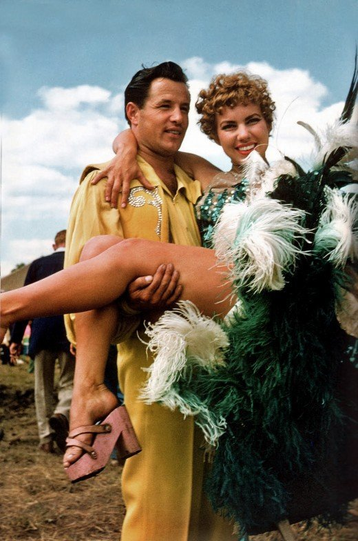 11-circus-performer-couple-1954