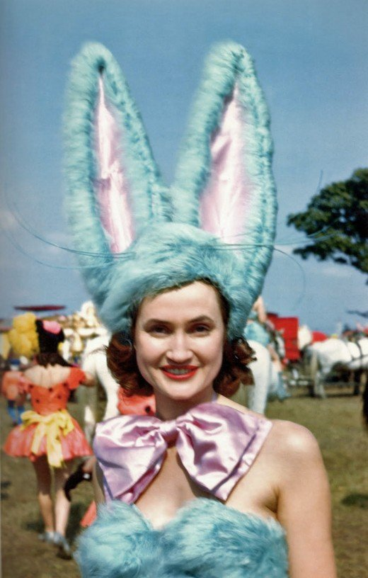 2-barnum-bailey-showgirl-1946.jpg