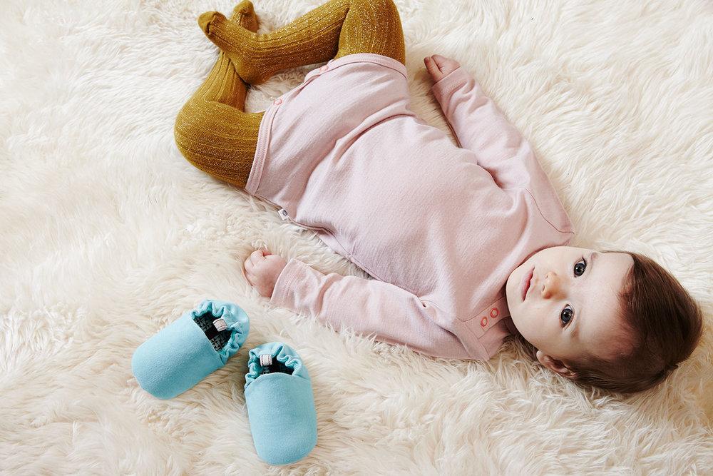 Poco_Nido_light_blue_baby_shoes.jpg