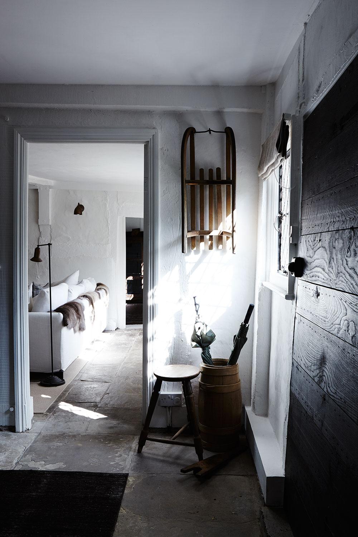 White_shadow_hallway_stone.jpg