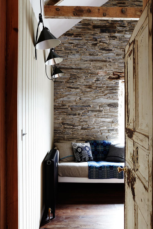 rustic_stone_farmhouse_sofa.jpg