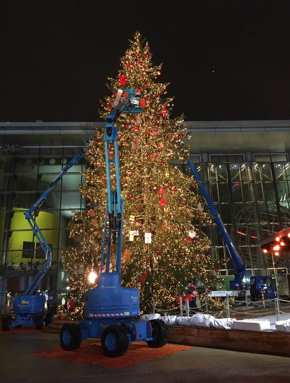 Weihnachtsbaum VW (3).jpg