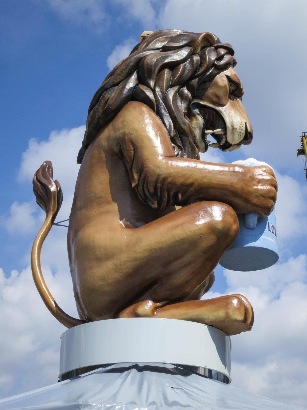 Löwenbräu Löwe 17.jpg