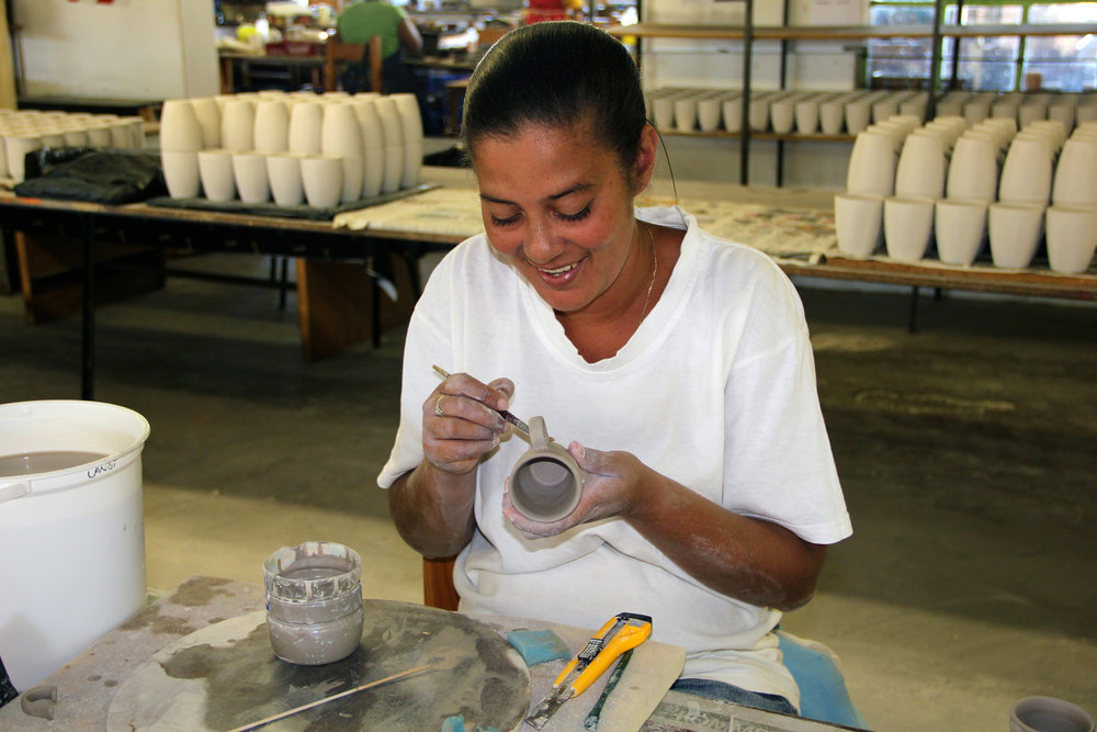 kapula-handmade-crafted-ceramics-mug.jpg