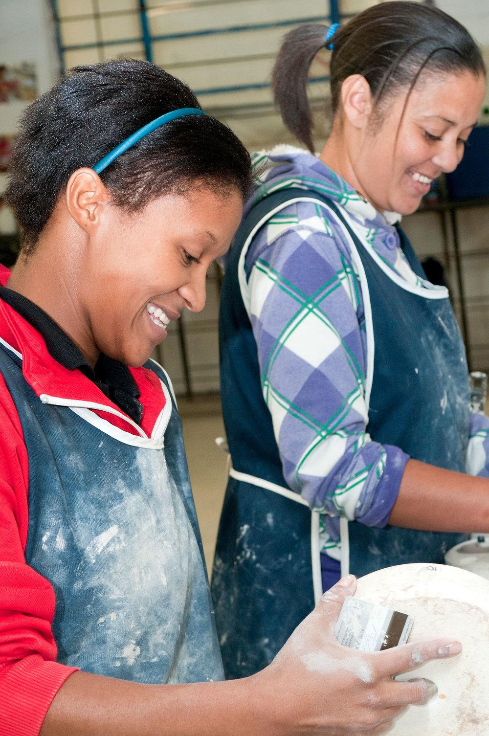 kapula-handmade-ceramics-happy-process.jpg