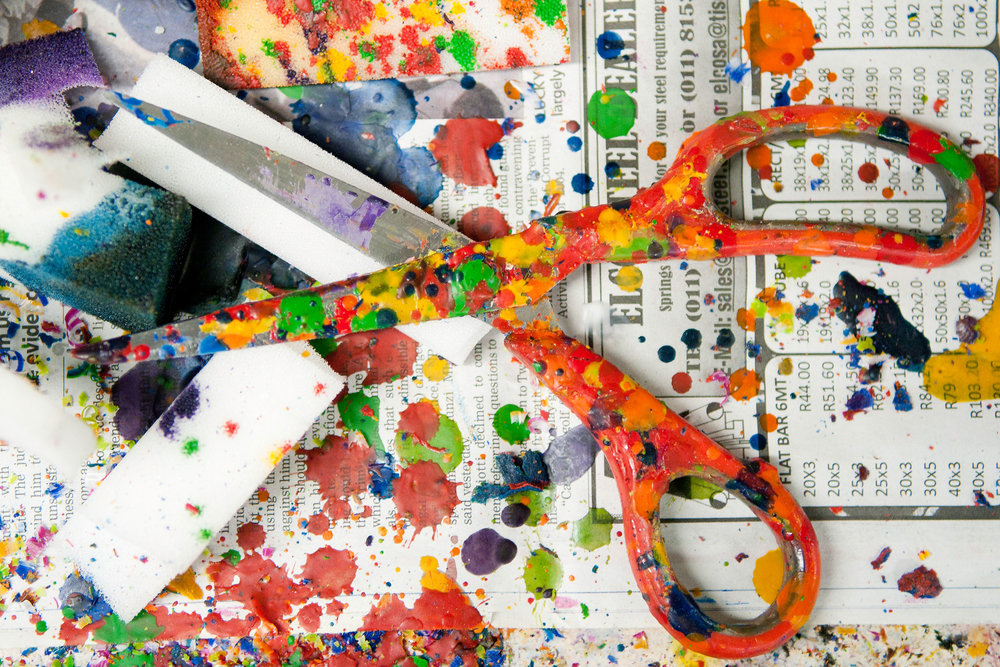 kapula-hand-painted-candles-factory-scissors-wax.jpg