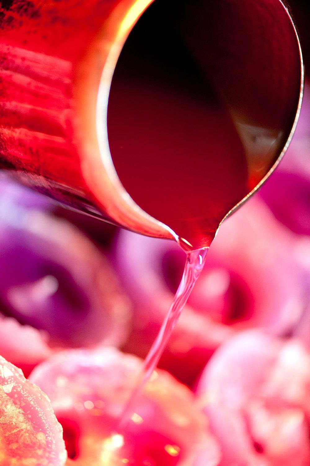 kapula-handmade-hand-poured-candles-wax.jpg
