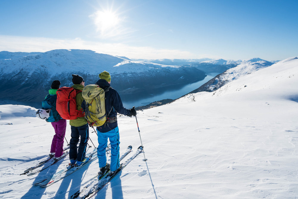 Guided ski touring/backcountry skiing - The mountains surrounding Loen and Stryn invites you to great ski touring and backcountry skiing with views of fjords and mountains.