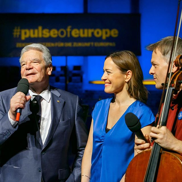 First #benefit #concert of @musicians4unitedeurope for @pulseofeurope at @radialsystem_berlin with a colorful #program and great #musicians like @tamarastefanovich @pierrelaurentaimard @michaelbarenboim @alicesaraott_official @hornsarahberlin @annikatreutler @ruizedicson and many others #musicians4unitedeurope #europe #european #eu #unified
