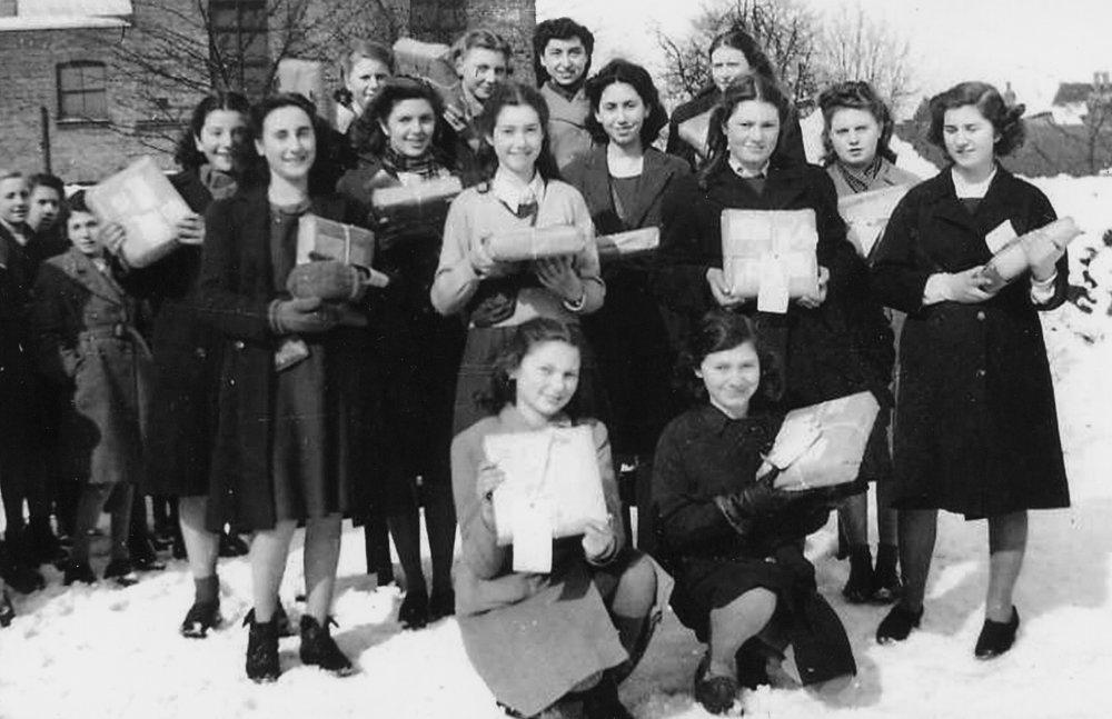 1946-1956(3).jpg