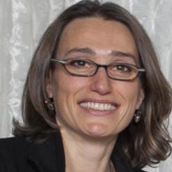 Lana Makhanik , COO, VUEMED