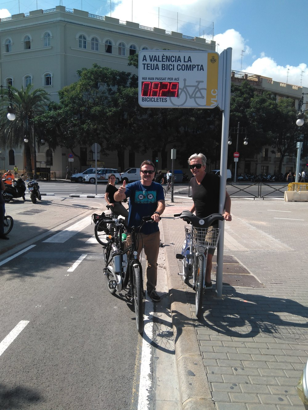 The City of Valencia has installed bicycle counters, like the one pictured here.