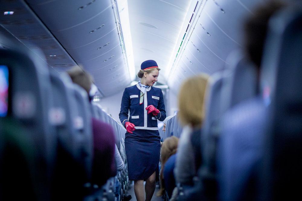 Norwegian_flight_attendant.jpg