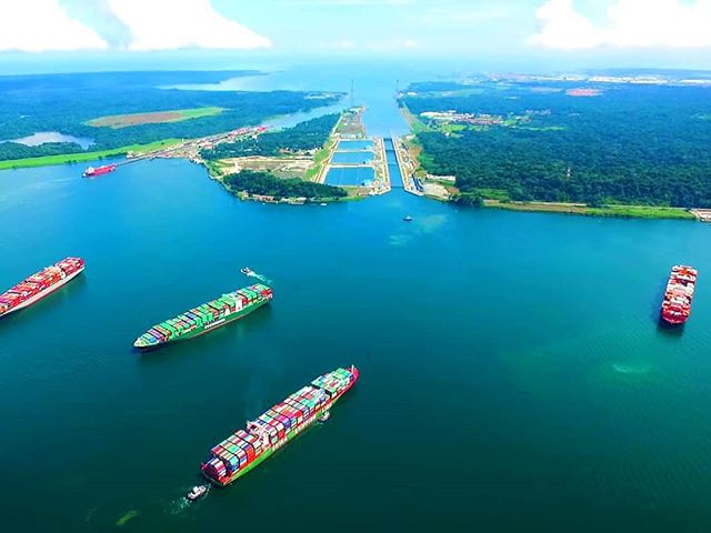 #Panama, exceptional maritime connectivity.  It is the only country in the world with a terminal that has access to 2 oceans (Pacific and Atlantic) with the most active ports in Latin America. Panama is the #1 option to access the world markets and occupies 6th place in the world ranking of quality port infrastructure.  Come to Fest Hong Kong 2019 tomorrow where President Juan Carlos Varela R. Will talk about investment opportunities that Panama offers in different expanding sectors. - @panama @proinvexpma @visitpanama - #PanamaInvest #FestHongKong #Investment #LatinAmerica #PublicRelations #BrandingLatinAmerica #digitalcomms #logistics #construction #tourism #shipping #HongKong