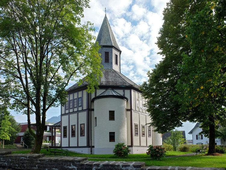 Nordseite der evangelischen Heilandskirche in Dornbirn, 2014 8