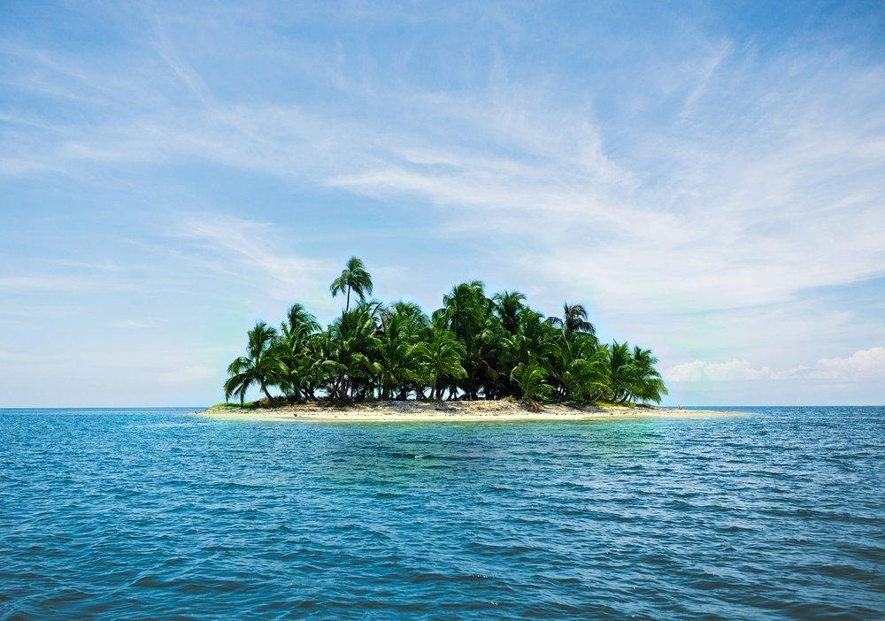island-2482200_1280.jpg