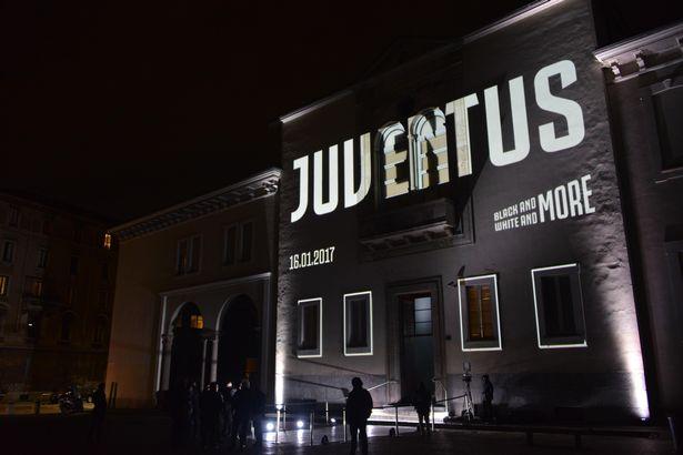 Juventus-FC-party-in-Milan.jpg
