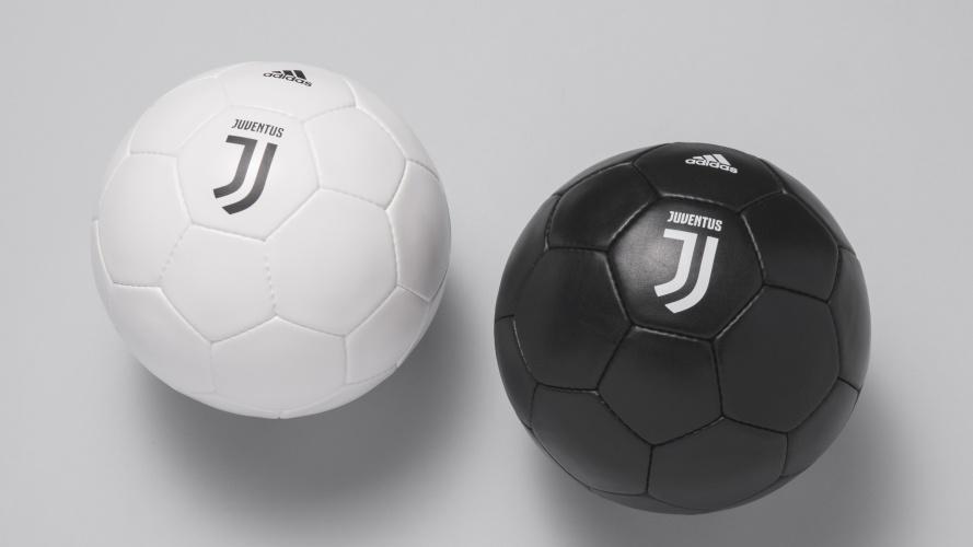 Juventus-Black-and-White-Soccer-Ball-Interbrand-Milan-889x500.jpg