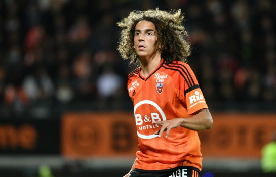 Guendouzi playing for FC Lorient in 2017.