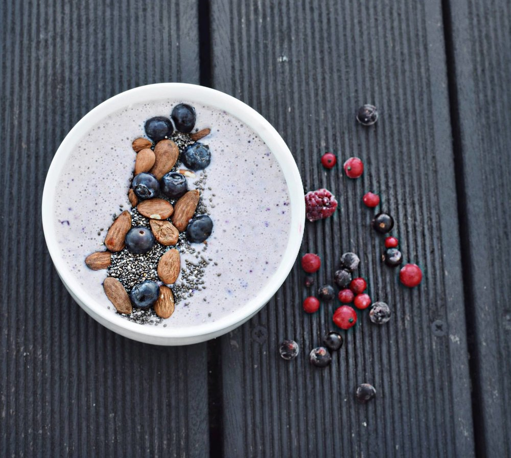 Smoothie Berry Bowl 2.jpg
