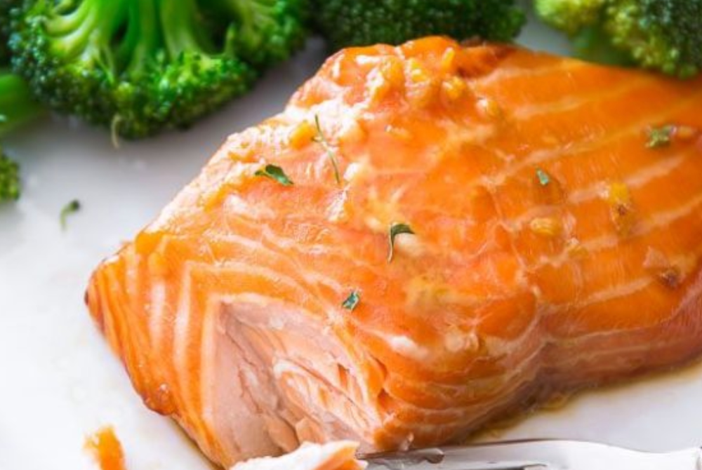 Garlic Honey Ginger Glazed Salmon with Broccoli