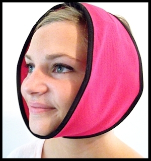 Face Caddy can be used as a heat pack or cold pack. Its reusable gel packs fit perfectly inside the head wrap.