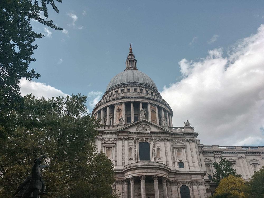 Kate Rebel St. Pauls Cathedral London UK