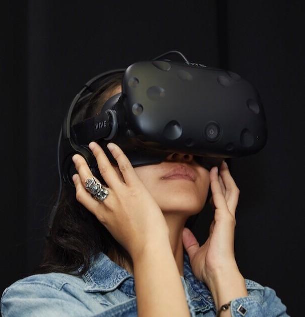 VR.jpeg