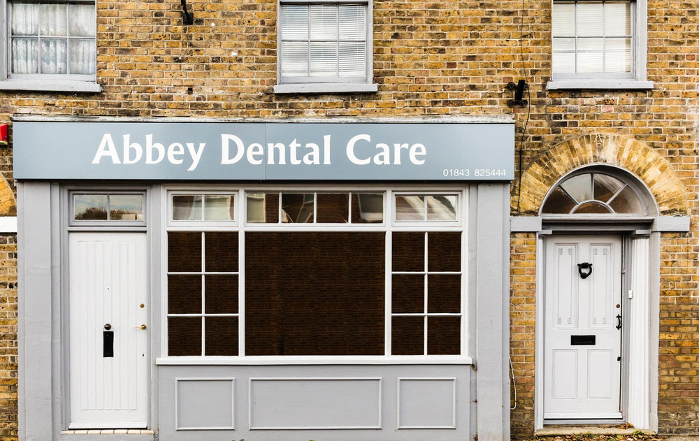 2017.11.13.Abbey-Dental-Care-in-Minster.001._T5A8552-fixing-reflextions.jpg