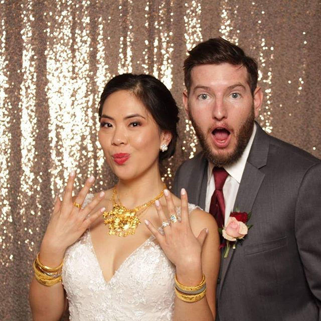 I have to tell you, the bling from this photo booth shot was actually from a super cool traditional tea ceremony that I was so blessed to photograph. I love witnessing and being a part of other cultural ceremonies 💜 also, they super cute ☺