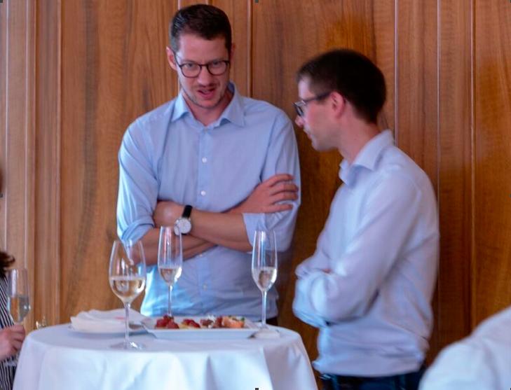 Alain Bienz from Lenz Treuhand (l), Adrian Trutmann from BianchiSchwald (r.)