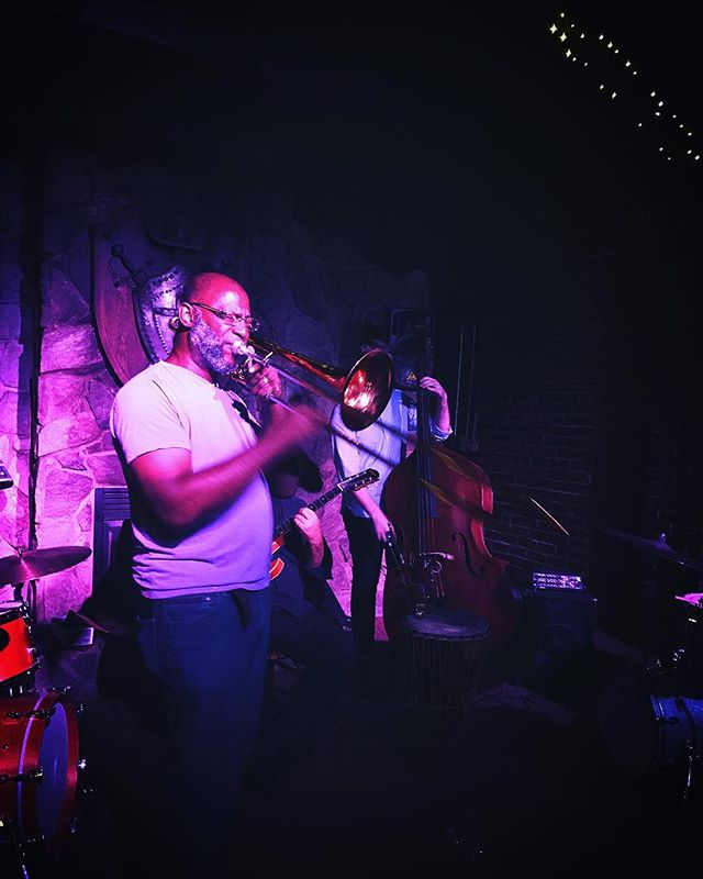 Amos Hoffman full of surprises as always - guest musician in the house! @delaneysjazz @fivepointssc . . . . . #live #music #jazz #livejazz #now #livemusic #concert #fridaynight #tgif #fun #weekend #jazzclub #nightclub #speakeasy #classy #cocktails #beer #bar #localbar #supportlocal #drinklocal #musicvenue #happy #amazing #sound #fivepointssc #columbiasc #famouslyhot #summer