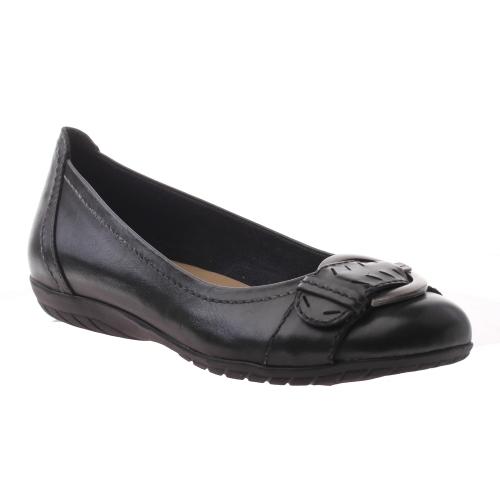 marria-black leather.default.0500.jpg