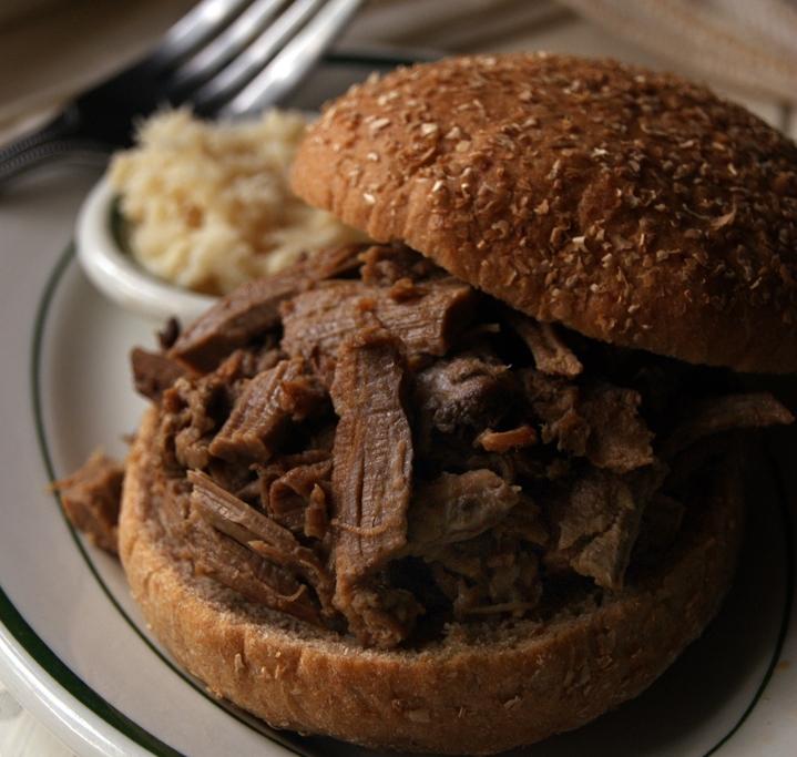 Slow-cooked Brisket Sandwich