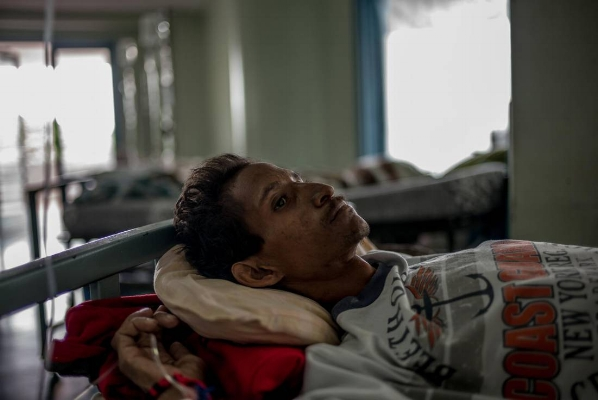 - Juan Coronel had HIV for years, he told me, but by the time he was sick enough to need anti-retrovirals, Venezuela's HIV/AIDS program was chronically short of medications. He died on June 19.ALEJANDRO CEGARRA/THE GLOBE AND MAIL