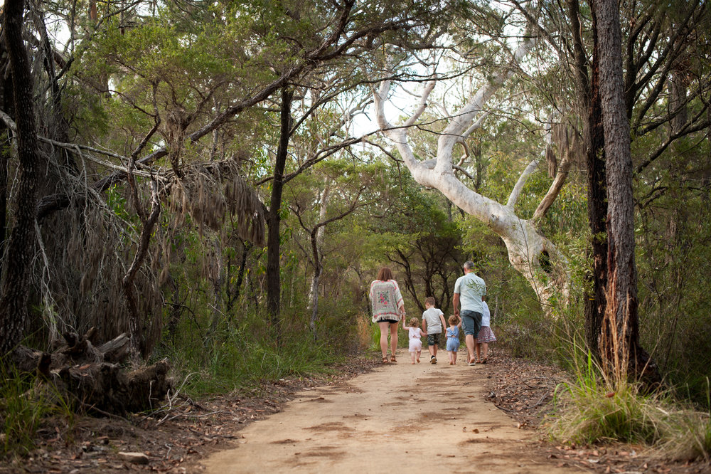 Family bushwalk central coast family photography