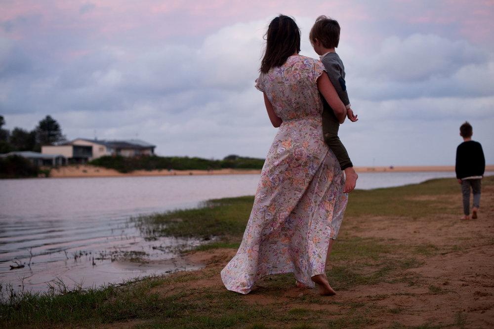 cuddles with mummy avoca beach nsw family photographer