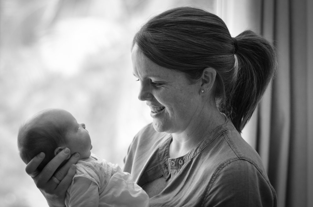 natural newborn twin photography copacbana nsw