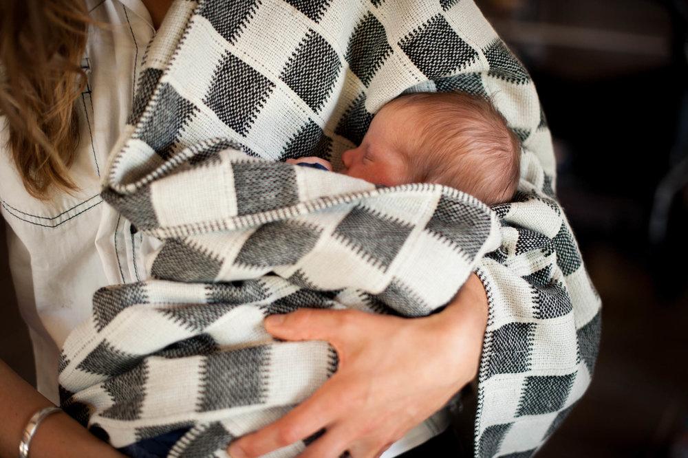 newborn twin photography kincumber nsw